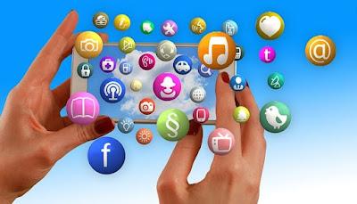 Perbedaan Media Massa dan Media Sosial