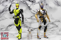S.H. Figuarts Kamen Rider Thouser 44