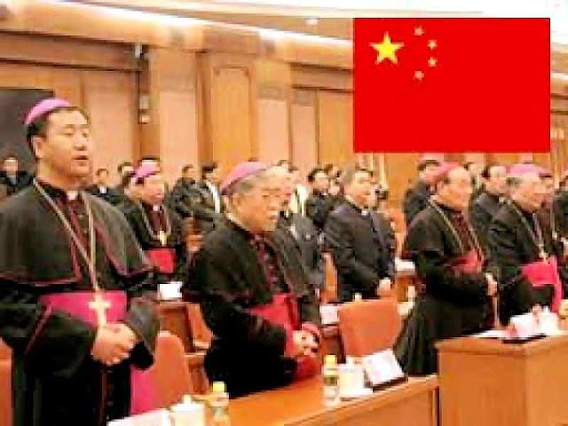 Bispos ilegítimos numa sessão do Congresso da China comunista (na foto sessão 12ª) em Pequim