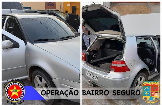 """HOLLYWOOD CX - """"Fuga Alucinante"""" e troca de tiros com a polícia termina com trio em Golf prata presos em Caxias"""