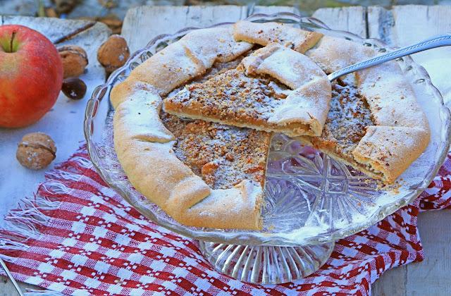 Rustični-kolač-s-jabukama-i-orasima-Posni-kolač