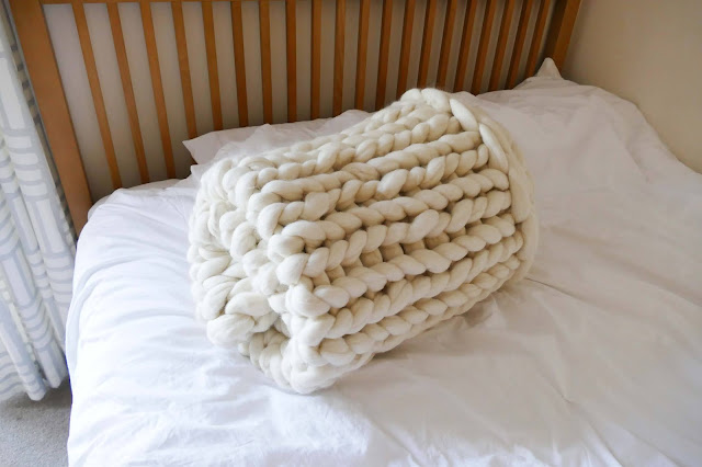 CosyComforts etsy, CosyComforts review, CosyComforts reviews, CosyComforts blog review, CosyComforts blog reviews, CosyComforts blanket, merino wool chunky blanket uk, merino wool blanket uk