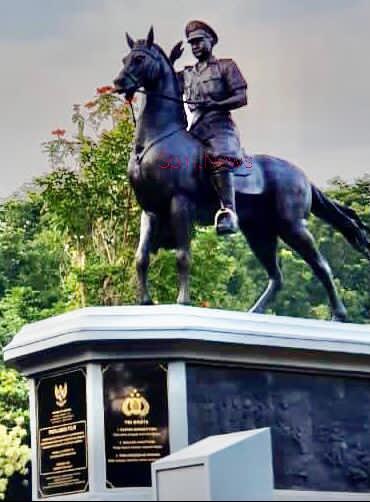 Kapolri Resmikan Monumen Perjuangan Dan Bhaktu Pahlawan Nasional Komjen Pol DR. Jasin di Akpol Semarang
