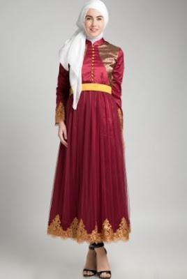 Model busana muslim motif semi sutra untuk pesta