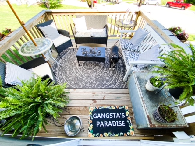 Back deck decor