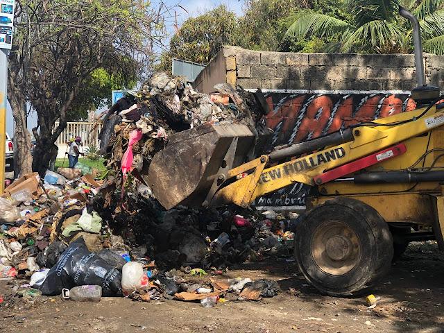 """Ayuntamiento y el Gobierno eliminan  23 vertederos improvisados en la """"Ruta de la Limpieza"""" de Santo Domingo Este"""