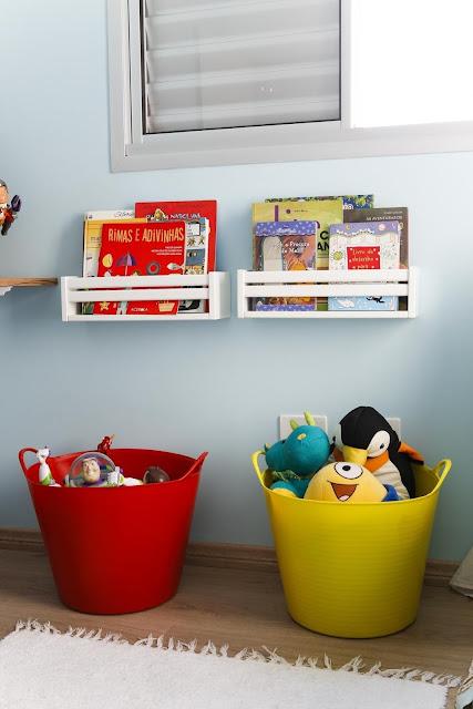 quarto-menino-bonito-decoração-colorida-e-simples