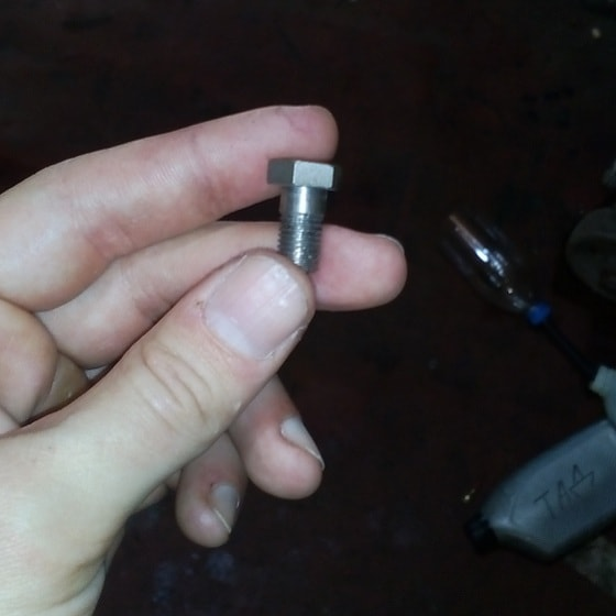 a hex bolt to use inside the final drive unit