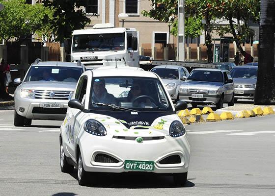 Recife articula com empresas e pesquisadores rede de abastecimento para carros elétricos