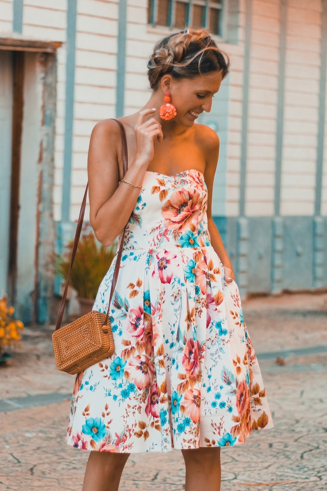vestido palabra de honor estampado floral