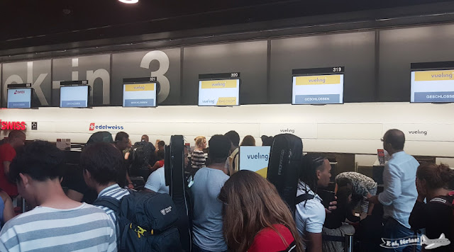 low cost Vueling, check-in in Zurique