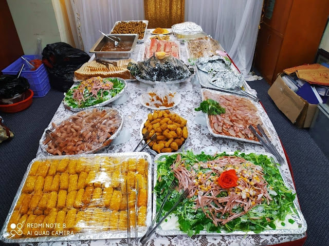 Đặt tiệc liên hoan công ty tại Hà Nội