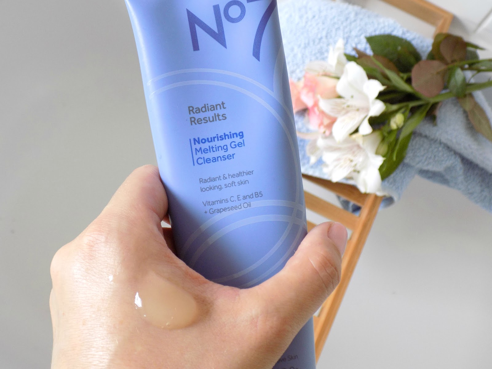 No7 Nourishing Melting Gel Cleanser