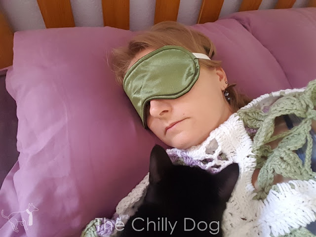 Free Sewing Pattern: Learn how to make a simple sleep mask