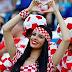 Aksi Pole Dancer Seksi di Tribune Suporter Kroasia