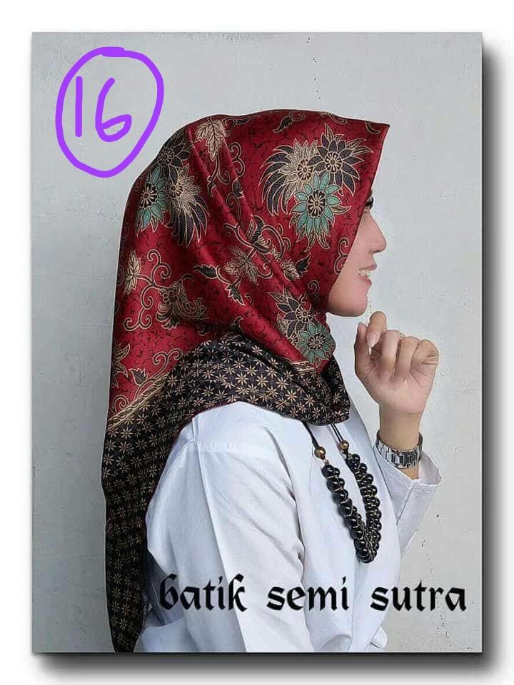 Jilbab Segi Empat Batik semi Sutera Motif Terbaru