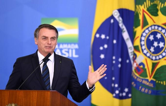 Bolsonaro decide vetar artigo do fundo eleitoral de R$ 5,7 bilhões, diz site