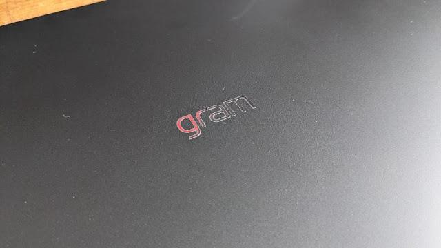 LG gram 17 (2021) Review