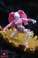 Transformers Kingdom Arcee 24