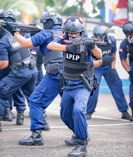 Personil Kapal Negara PLP Tanjung Priok dan KSOP Tanjung Emas Dilatih Instruktur Berstandar US Coast Guard