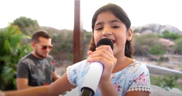 Chavalense Beatriz Fontenele está na semifinal em concurso de música gospel