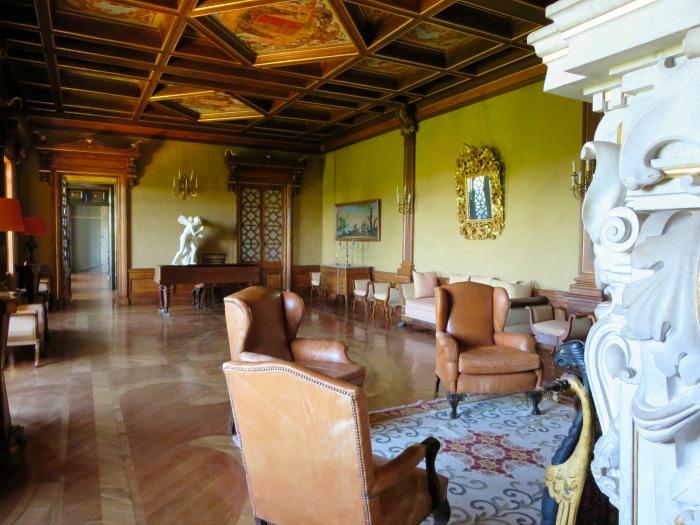Casa da Ínsua - ballroom