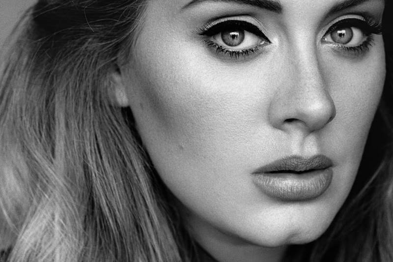 Adele lidera lista de artistas britânicos mais ricos