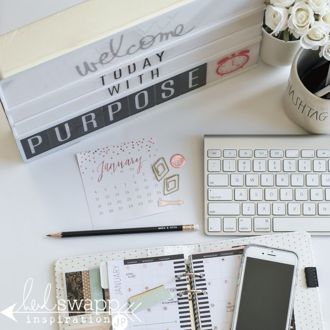 Heidi Swapp Lightbox being put to work in an office or desktop. @jamiepate for @HeidiSwapp
