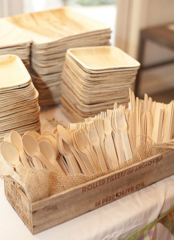 Food is one of the biggest problem when it comes to environment impact but food is also often a delicate issue to talk about. & Star of the East: Eco Friendly Wedding: Tableware and Food