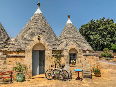 trulli holiday home carbon road bike rental ceglie messianica apulia