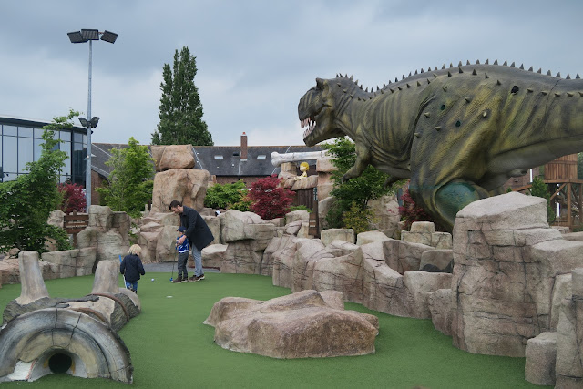 Mighty Claws mini golf Bournemouth