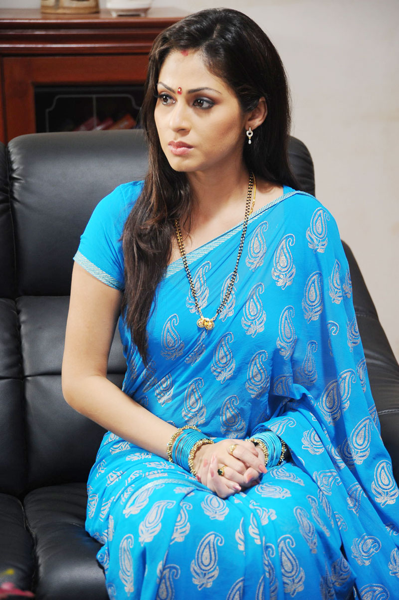 Cute Sneha Wallpapers Sada Hot In Blue Saree Photos One Cine Gallery
