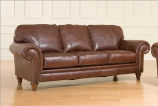 Broyhill Sofa: Broyhill Leather Sofa