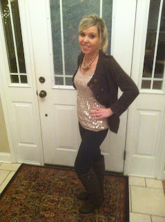 KELLY HAS A BELLY: 6 WEEKS PREGNANT!
