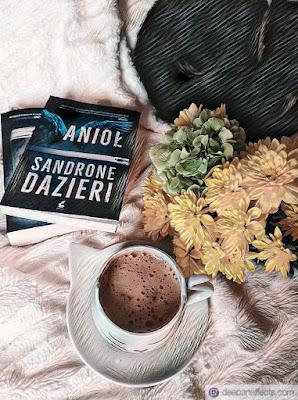 Sandrone Dazieri, Anioł