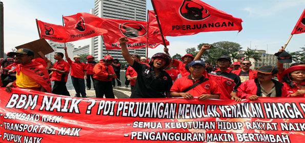 Kok Bisa, Rezim Jokowi Naikkan Harga BBM dan TDL Berkali-kali Bisa Mulus Tanpa Demonstrasi?