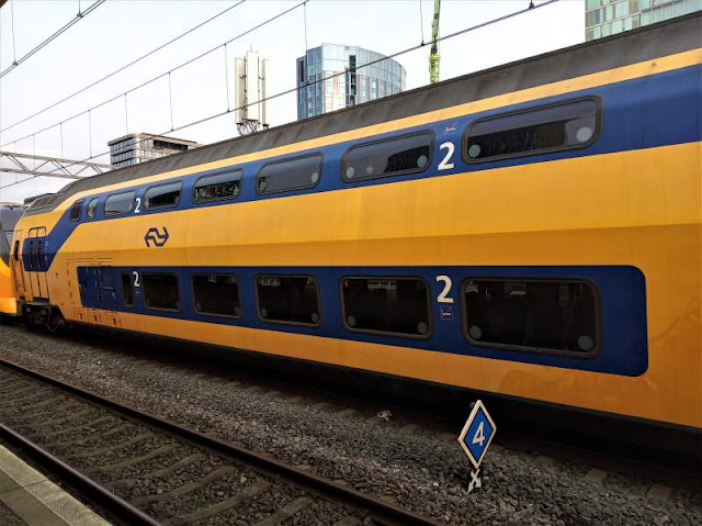 treno NS stazione Amsterdam