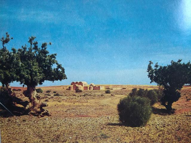 Foto Benteng gurun pasir Qusair 'Amra Yordania