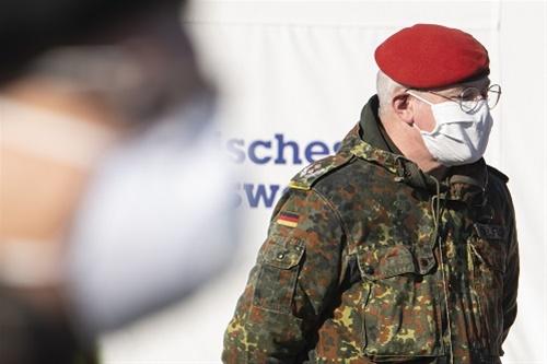 Γερμανία: Ξεπέρασαν τους 1.000 οι θάνατοι λόγω κορωναϊού