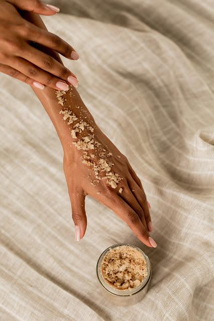 Top 6 recettes pour exfoliation parfaite de la peau à la maison