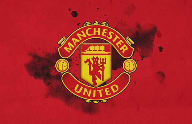 Buru Empat Besar, Manchester United, Kehilangan Satu Bek