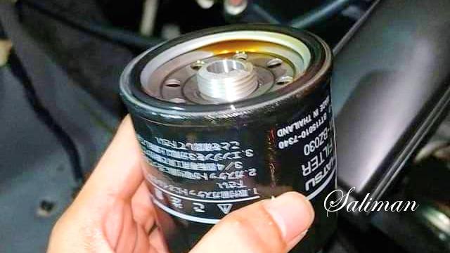 Hati-hati Saat Melepas Filter Oli Toyota Agya dan Daihatsu Ayla