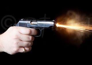 Alvo de motoqueiro, homem sai ileso de cinco tiros em Piancó, no Sertão paraibano