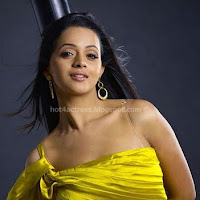 Bhavana in yellow dress