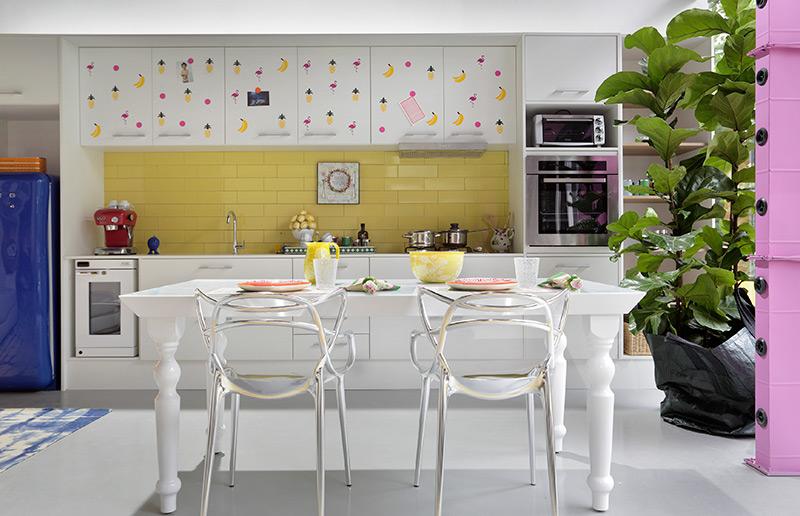Só amor por essa cozinha amarela!
