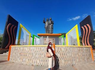Monumen Habibie & Ainun