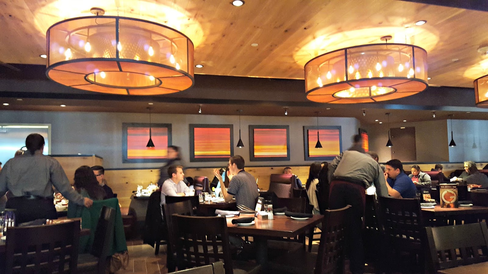 restaurant review and giveaway granite city at the renaissance