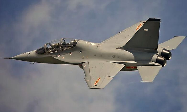 Hongdu L-15 Falcon - Advanced trainer