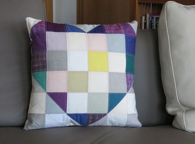 Luna Lovequilts - Heart quilted cushion - Pattern by Jayne at Twiggy and Opal