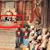 रावण के पैरों के पास कोई लेटा रहता है, जिस पर रावण अपना पैर रखता है। वो कौन है?